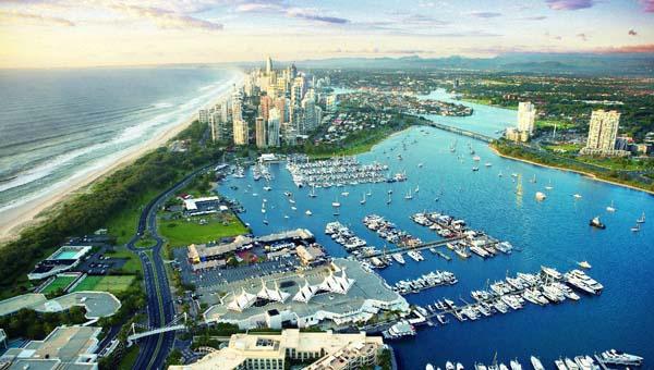 中国游客成旅游业增长的动力 澳部长呼吁增设中文路标