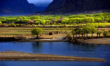 西藏将林芝打造为国际生态旅游区