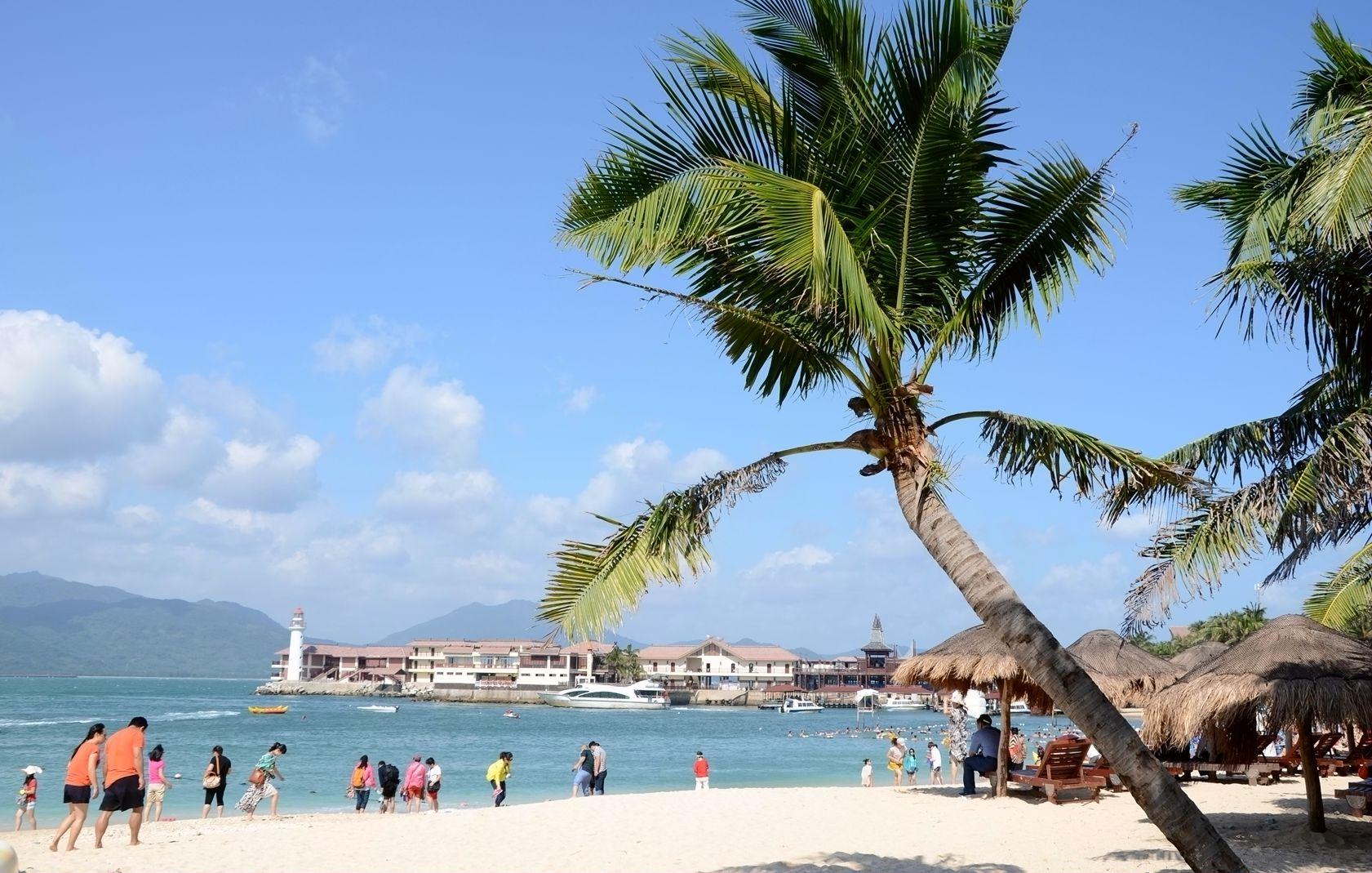 59国免签政策海外受宠 境外游客争相选择来三亚旅游