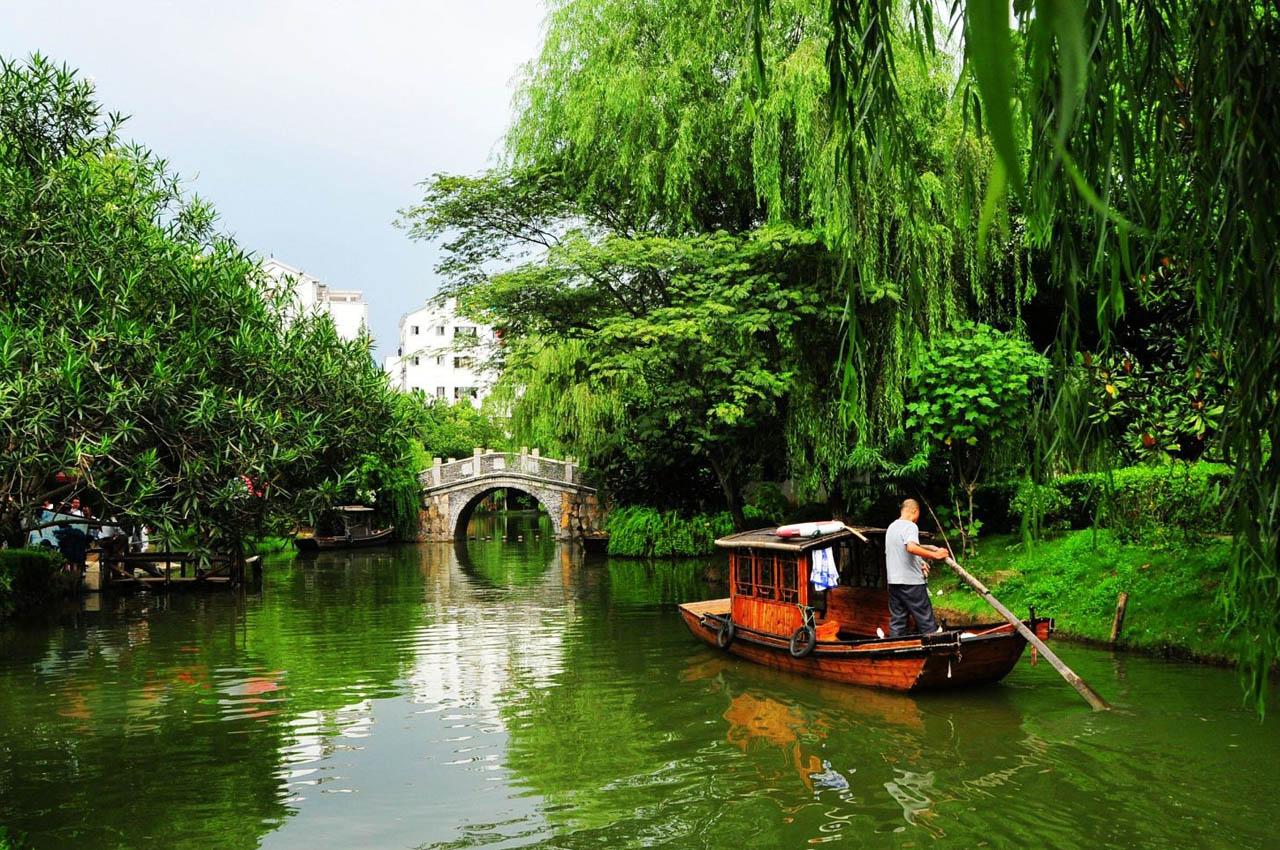 《夏令营》南京、杭州、苏州、 绍兴、上海科技馆双卧八日游