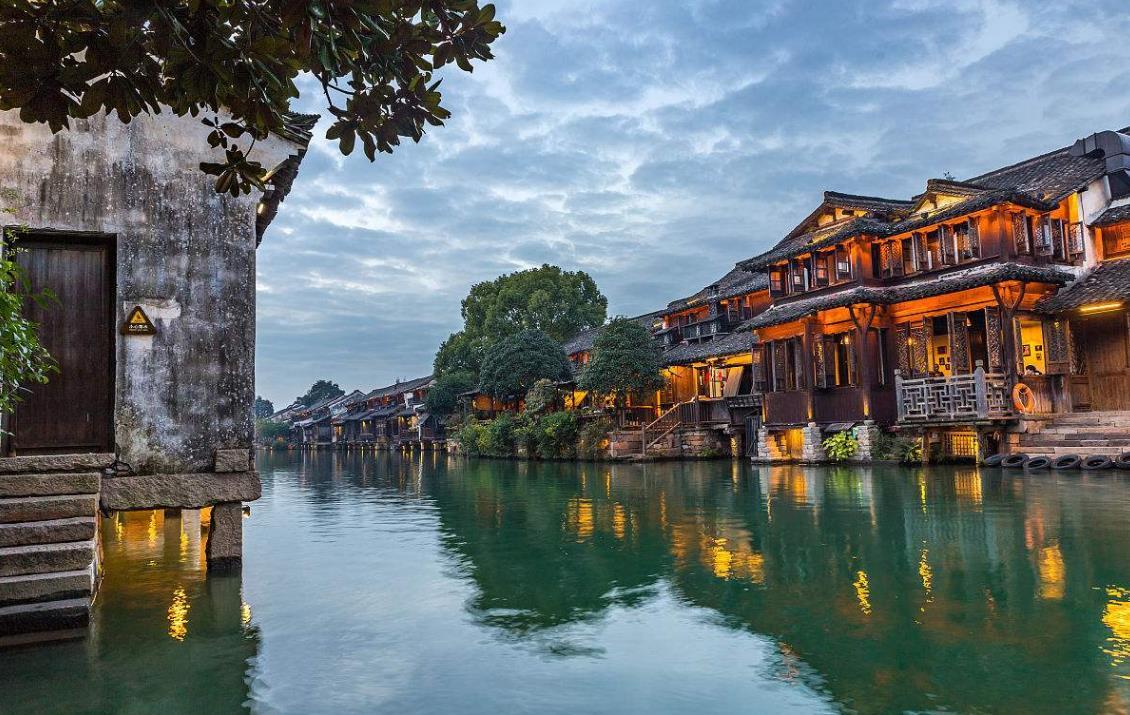 华东五市、扬州、苏州、上海、杭州、乌镇双飞6日游