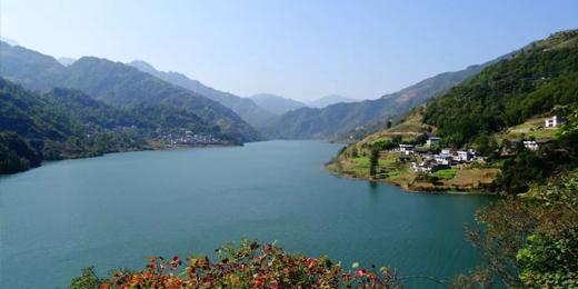 文县天池、碧口古镇、白马藏寨两日游
